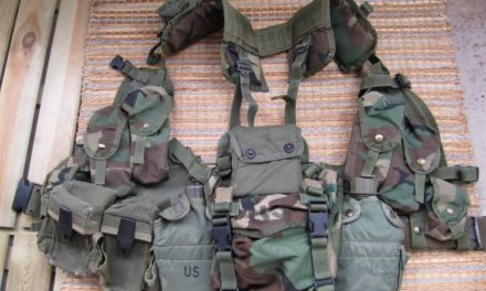 Badlands Fieldcraft: Junk on the Bunk: Buttpack contents