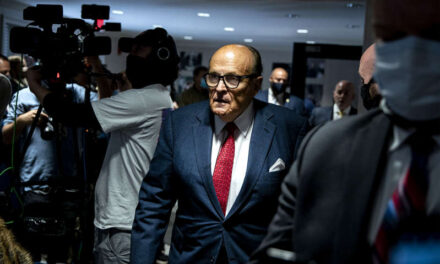 Federal investigators search Rudy Giuliani's apartment and office