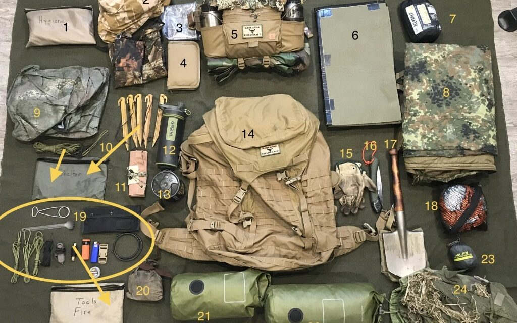 """Badlands Fieldcraft: Junk On The Bunk: How I pack for """"The Fieldcraft Course"""""""